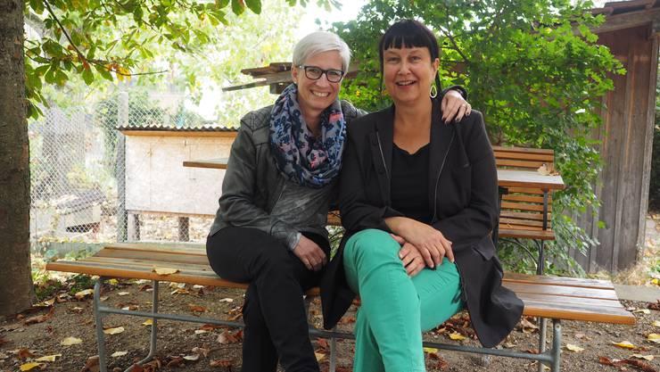 Engagieren sich für Kultur: Melanie Müller (links) führt seit 2017 das Kultursekretariat, Margot Reimann ist eine Urschreierin der ersten Stunde und ist für das Theaterprogramm im Meck verantwortlich.