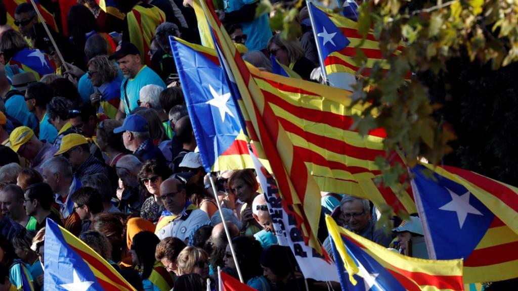 Hunderttausende Separatisten erneut auf den Strassen