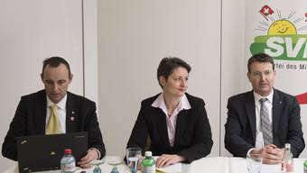 Als die Welt noch in Ordnung war: Pascal Furer (links) und Thomas Burgherr (2. v. r.) präsentierten am 23. März 2016 Franziska Roth und Alex Hürzeler als Kandidatin und Kandidat für den Regierungsrat.