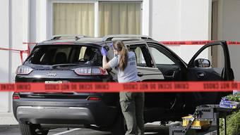 Die Polizei in Palm Beach (Florida) stoppte ein Auto mit Schüssen, dass nahe dem Golfclub von US-Präsident Donald Trump auf Irrfahrt war.