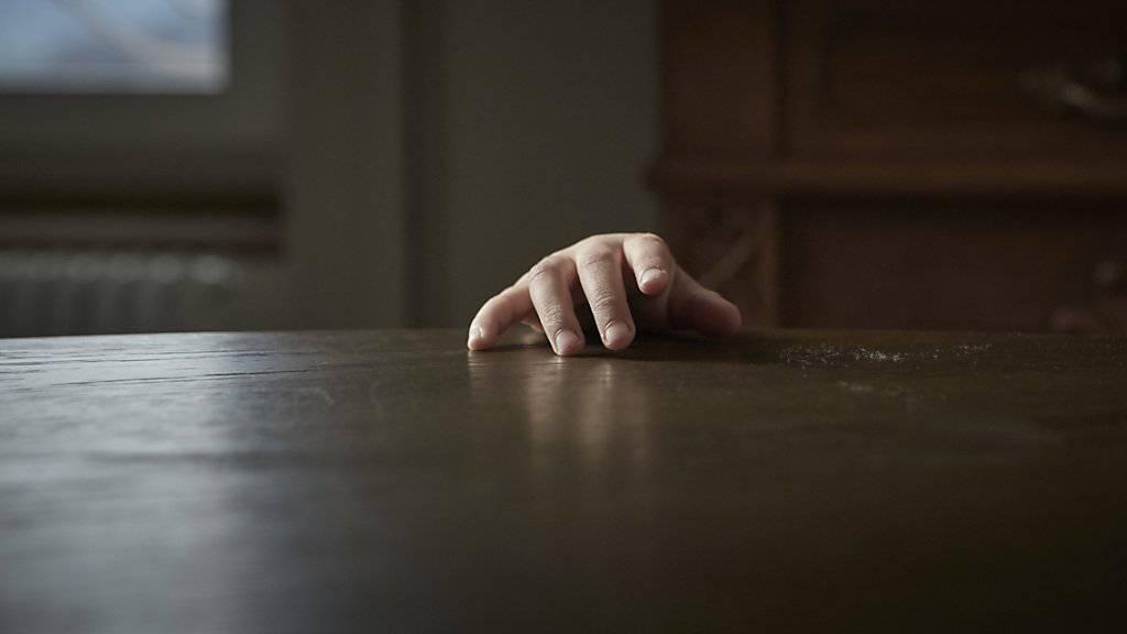 Misshandelt oder missbraucht: Kinderkliniken registrierten erneut mehr Fälle. (Symbolbild)
