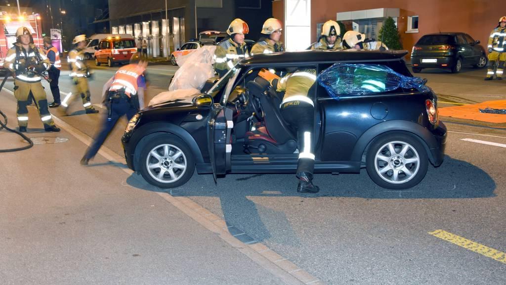 Beim Unfall in Wil wurden drei Personen verletzt