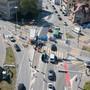Der Verkehr in Aarau gab zu Reden. Derzeit wird der Belag auf dem Kreuzplatz saniert.