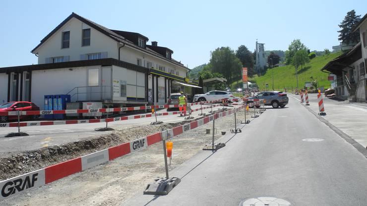 Änderungen wird es für die Fahrgäste geben, die auf die Haltestellen an der Baltenschwilerstrasse – Baltenschwil, Dünni und Rietwies - angewiesen sind: Sie müssen die geplanten Ersatzhaltestellen an der Bergstrasse nutzen.