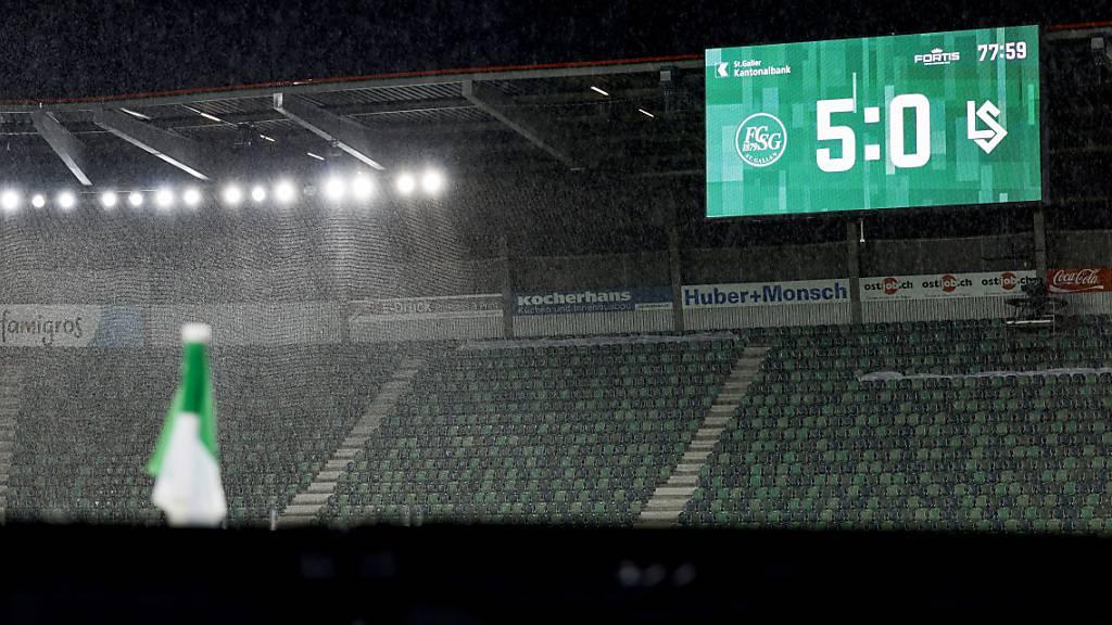 Nach harten Wochen und kaum einmal einem Torerfolg schafften die Ostschweizer gegen Lausanne-Sport mit 5:0 den Turnaround und sicherten sich damit eine nächste Saison in der Super League