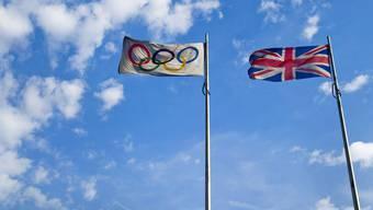 Das IOC hat bekannt gegeben, dass die Nachanalysen der Dopingproben von den Sommerspielen 2012 in London fortgesetzt werden. Nicht mitgeteilt hat das IOC, dass bereits wieder acht positive Proben gefunden wurden. Damit steigt die Zahl der nachträglich des Dopings überführten Athleten auf insgesamt 56 an.