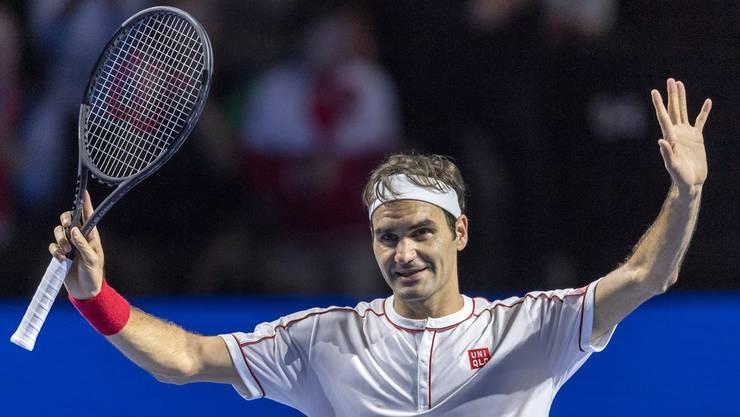 Roger Federer jubelt nach einer grandiosen Vorstellung im Achtelfinal gegen einen bemitleidenswerten Radu Albot zurecht.