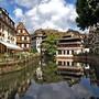 Die Idylle täuscht: Das Elsass - im Bild Strassburg - sorgt in Frankreich mit seinem Wunsch für mehr Autonomie für angespannte Stimmung.
