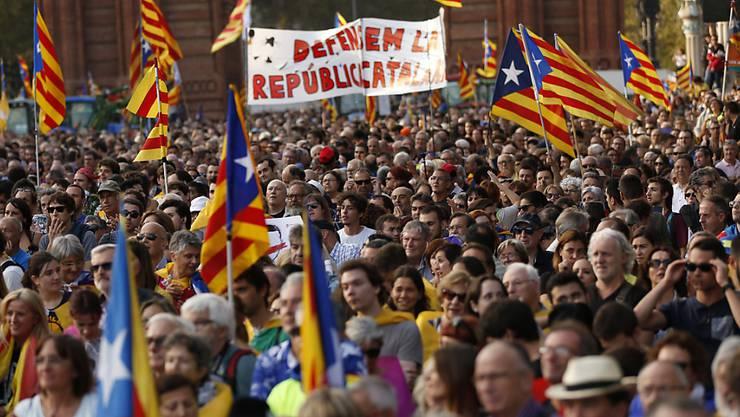 Am 23. April feiern die Katalanen Sankt Georg, den Drachentöter. (Symbolbild)
