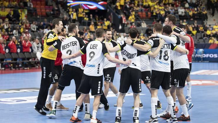 Der Glaube an das Weiterkommen lebt. Die Schweizer Handballer glauben an den Einzug in die Hauptrunde.