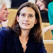 Maja Riniker sitzt im Grossen Rat neben Regierungsratskandidatin Jeanine Glarner (r.) und vor FDP-Urgestein Herbert H. Scholl.