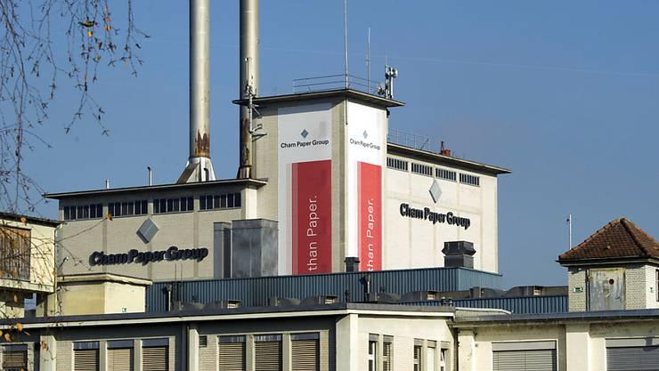 Gebäude der Cham Paper Group: Das Unternehmen wurde im vergangenen Jahr durch höhere Rohstoffpreise und die teurere Produktionsverlagerung nach Italien belastet. (Archivbild)