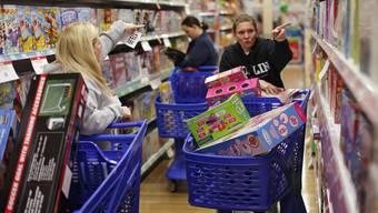 Abwärtstrend bei den Kaufhäusern.«Event-Shopping» ist entzaubert.