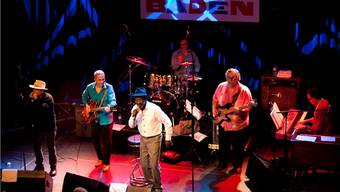 Auch Junge interessieren sich für Bluesmusik. Im Bild: Frank Bey (mitte) zusammen mit der Anthony Paule Band.