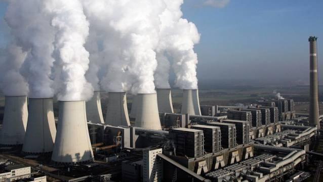 Ziel der deutschen Regierung ist es, den Treibhausgas-Ausstoss Deutschlands bis 2030 um 55 Prozent im Vergleich zu 1990 zu senken. Im Bild: ein Braunkohlekraftwerk in Deutschland. (Archiv)