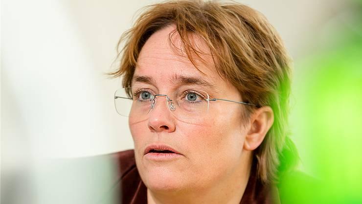 SVP-Nationalrätin Magdalena Martullo will, dass Bundesrat Schneider-Ammann aktiv wird.