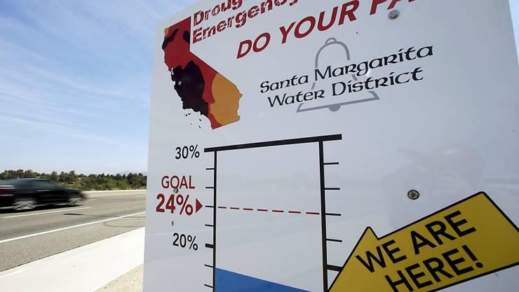 Weil Kalifornien zu viel Grundwasser nutzt, senkt sich der Boden ab (Symbolbild).