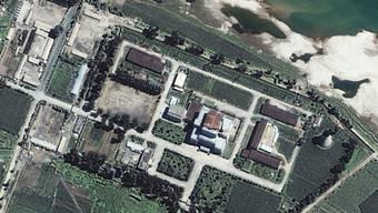 Die Atomanlage Yongbyon auf einem Satellitenbild von 2002 (Archiv)