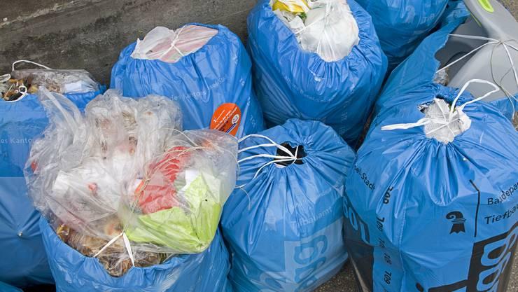 Wo wird der Bebbi-Sagg weiterhin regelmässig abgeholt, wo entstehen Unterflurcontainer?
