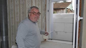 In der Wohnung der Familie Hottinger wurden zwei Fenster zugemauert.