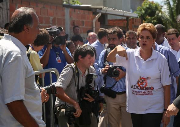 Dilma Rousseff, die Präsidentin Brasiliens: Ihre Regierung steht unter grossem Druck, weil Zika Touristen und Sportler davon abhalten könnte, nach Rio zu reisen