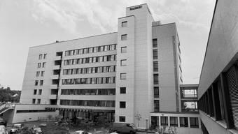 Spitäler, wie die Universitätsklinik Balgrist, können darüber rasch und unkompliziert zusätzliches Personal anfordern. Gesundheitsfachpersonal kann sich ab sofort bewerben. (Archivbild)