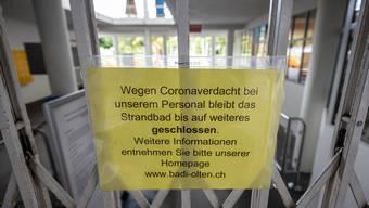 Badi Olten wegen Coronaverdachtsfällen geschlossen