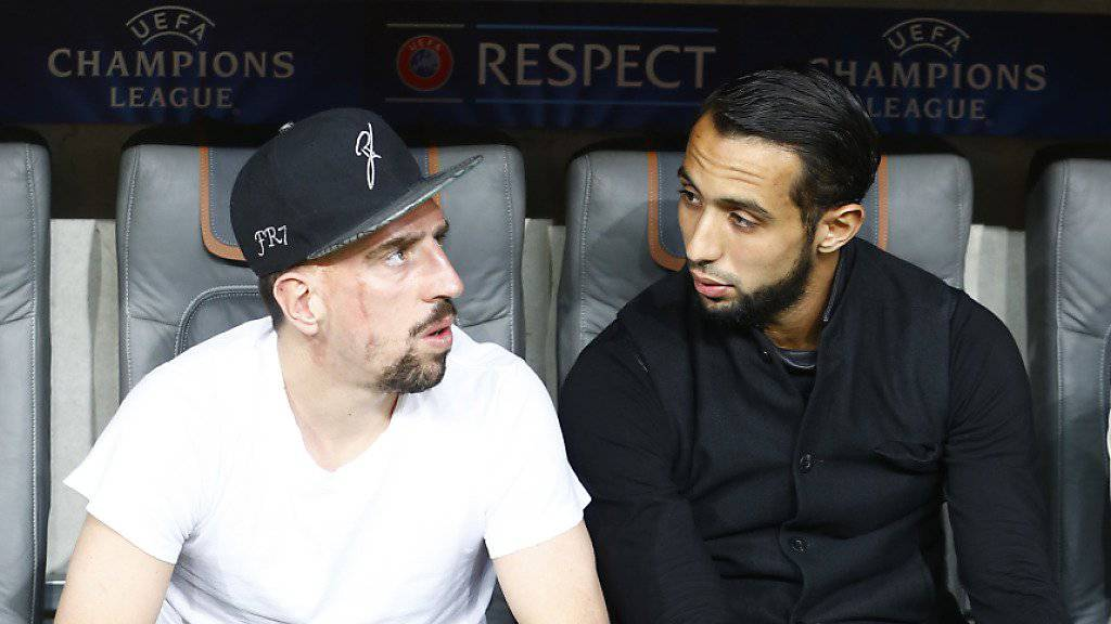 Franck Ribéry (links, mit Mehdi Benatia) konnte zuletzt lange nur zuschauen