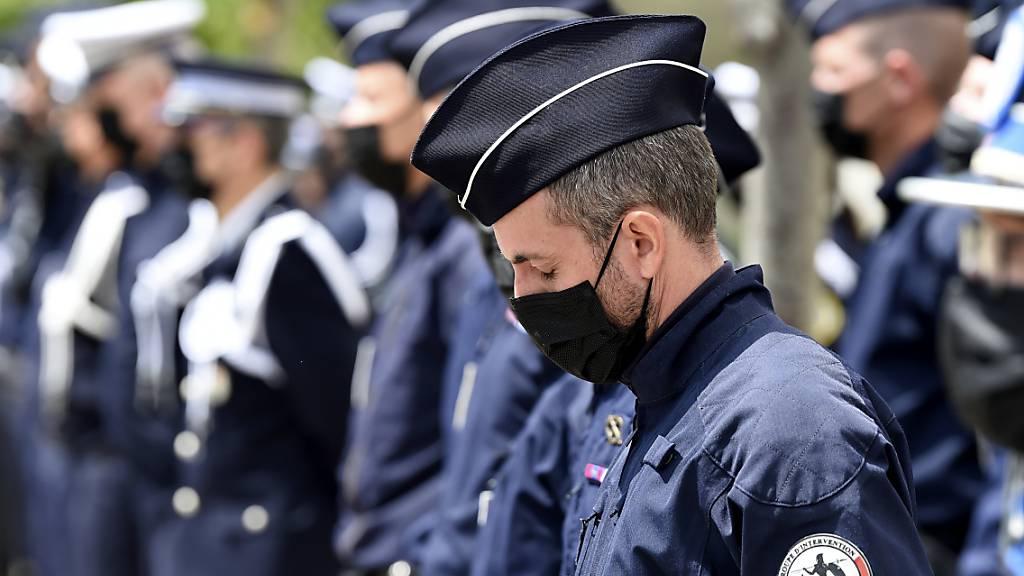 Frankreich will Angriffe auf Polizisten härter bestrafen