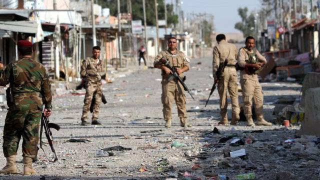Kurdische Peschmerga-Kämpfer bei einem Einsatz in Nordirak (Archiv)
