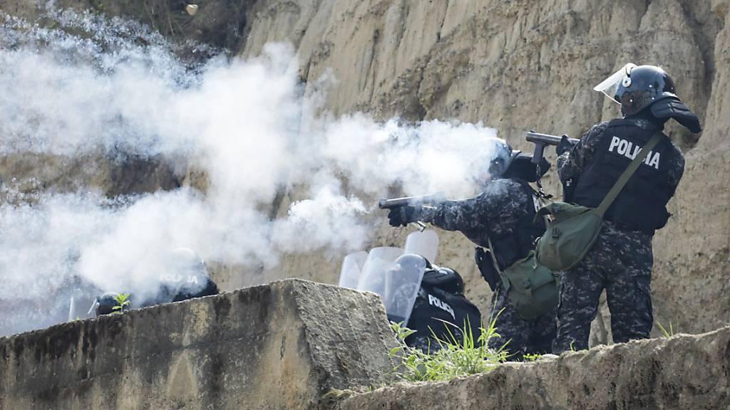 Bericht: Menschenrechte in Krise in Bolivien 2019 schwer verletzt