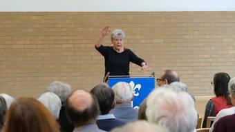 Die Historikerin und Buchautorin Heidi Witzig sprach über das Verhältnis zwischen den Generationen im Stadthaus.