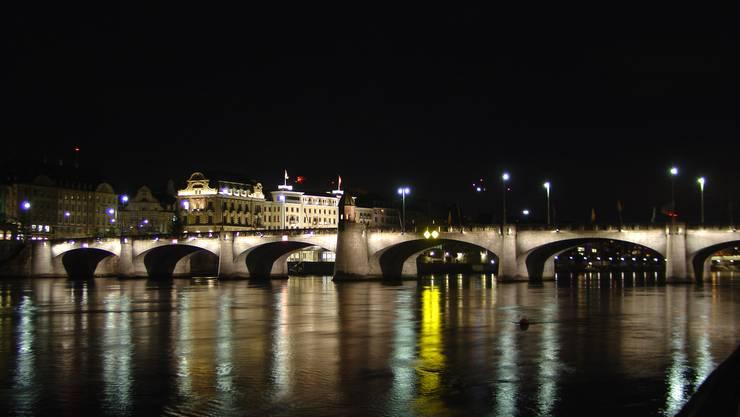 Zum Angriff kam es auf der Mittleren Brücke (Archiv)