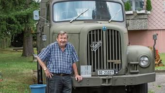 Rolf Schmid mit seinem 2DM von Saurer; Höchstgeschwindigkeit: 74 km/h.