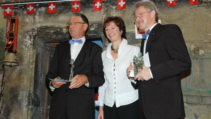 Preisübergabe: Leo Erne, Monica Fabbri-Edelmann und Kurt Schmid (von links). (mhu)