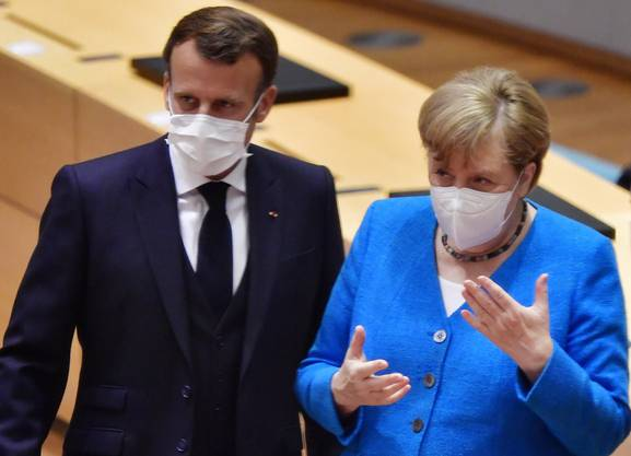 Emmanuel Macron und Angela Merkel haben die Reihen geschlossen.