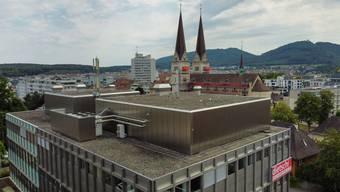 Die bereits bestehende Antennenanlage auf dem Dach der Liegenschaft Ziegelfeldstrasse 60 soll aufgerüstet werden