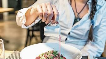 Von den Lunchchecks würden das städtische Personal und die Schlieremer Restaurants profitieren, ist Walter Jucker überzeugt.