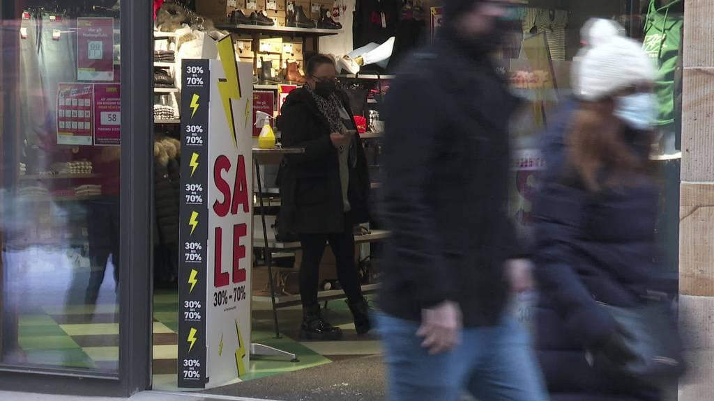 Grosser Andrang: Letztes Shoppen vor Shutdown