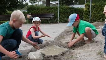 Spiel- und Bastelnachmittage des Vereins Little Wettige auf dem Spielplatz Rebhalde