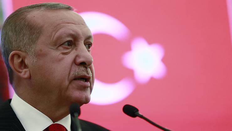 Präsident Recep Tayyip Erdogan hat sich durchgesetzt: Seine Partei hat Ende März das Amt des Bürgermeisters von Istanbul an die oppositionelle CHP verloren und anschliessend Beschwerde gegen die Wahl eingelegt. Diese wird nun wiederholt. (Archivbild)