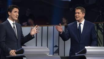 Die beiden Gegner im Direktvergleiche: Justin Trudeau und Andrew Scheer.