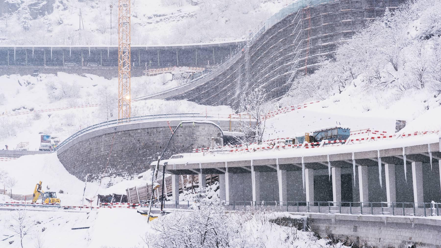 Die Schweiz gibt für ihre Strasseninfrastruktur viel Geld aus.