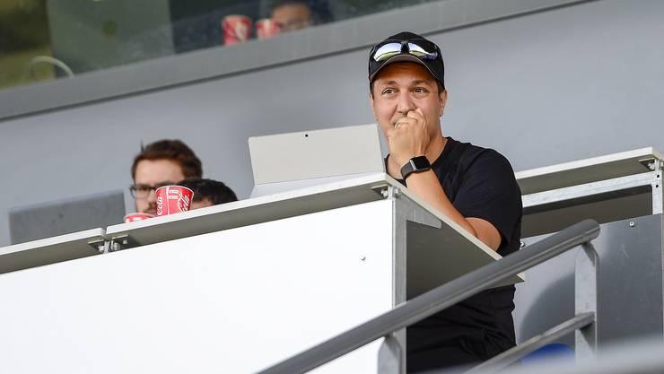 Francesco Gabriele in seinem Element: Immer wieder ist der akribisch arbeitende Trainer auf den Fussballplätzen als Beobachter anzutreffen.