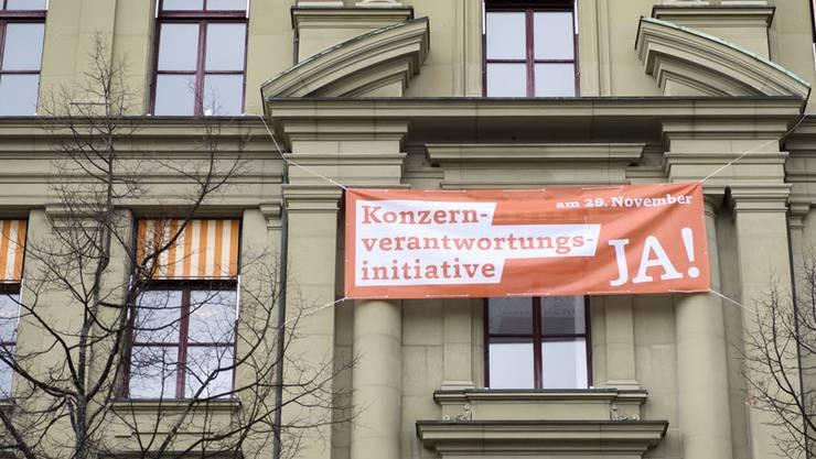 Ein Land sieht orange: Schuld ist die Konzernverantwortungsinitiative.