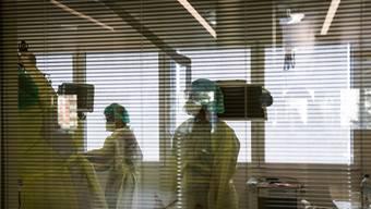 Blick in einen Behandlungsraum des Spitals Moncucco in Lugano.