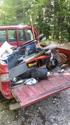 Der gesammelte Abfall Warum wird immer noch soviel Abfall im Wald entsorgt?