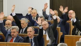 Polens Parlament verabschiedet eine umstrittenes Mediengesetz.