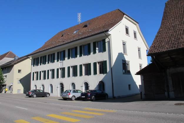 Ehemaliges Schulhaus Unterdorf, 1843, Hauptstrasse 80