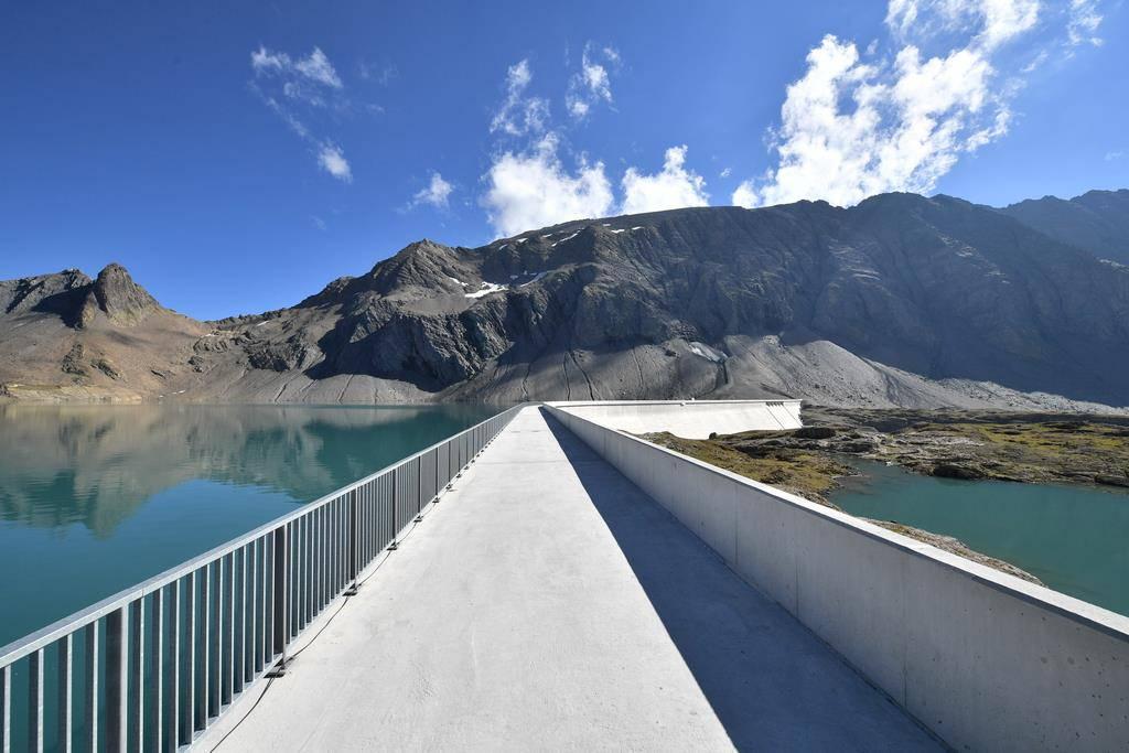 Segnung Staumauer Kraftwerk Limmern (© Keystone)